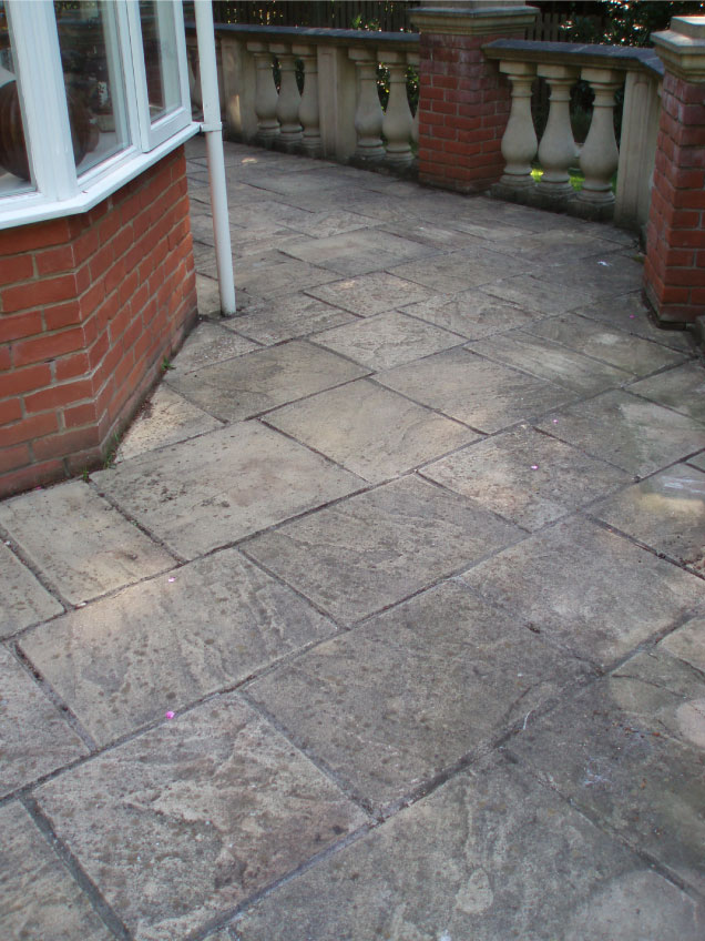 Patio-Cleaning-before-cleaning